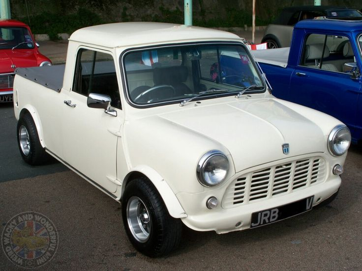 DROOL! What an absolute Saturday Stunner! Has to be 1 of the best looking Pickups out there, I proper love this Mini