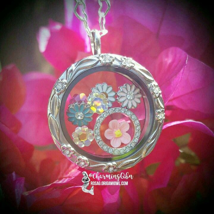 Flower power for Spring!  Create your floral story in a Living Locket! Follow me on Facebook for more locket designs and styles:  http://facebook.com/rosago2