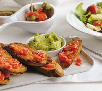 Spaans brood met knoflook en tomaat - Recept - Jumbo Supermarkten