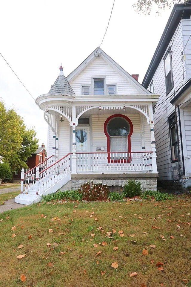 1900 Victorian In Cincinnati Ohio Cute House Victorian Homes Old House Design