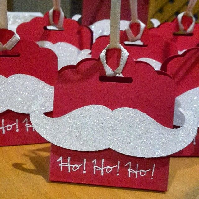 Love this simple, yet effective idea... look easy enough to make your own version too!