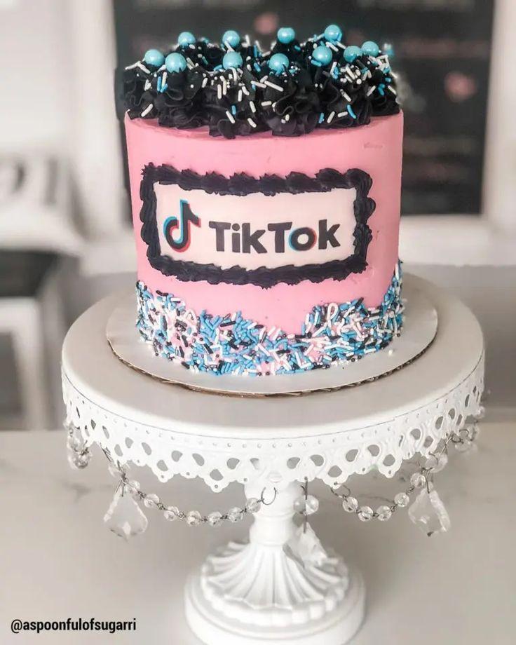 tik tok birthday cake images