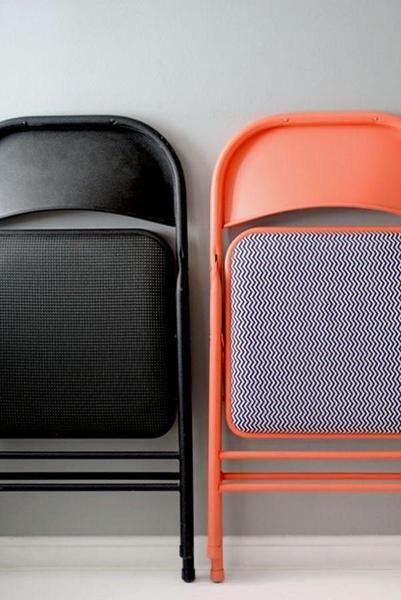 Cadeira preta e laranja