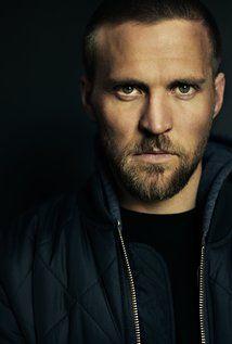 Tobias Santelmann Picture