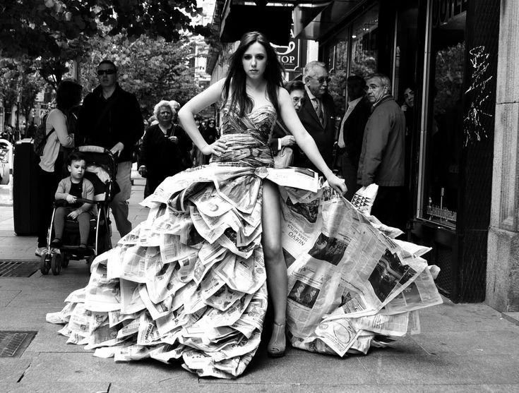 fundamentos de pintura: El vestido de papel