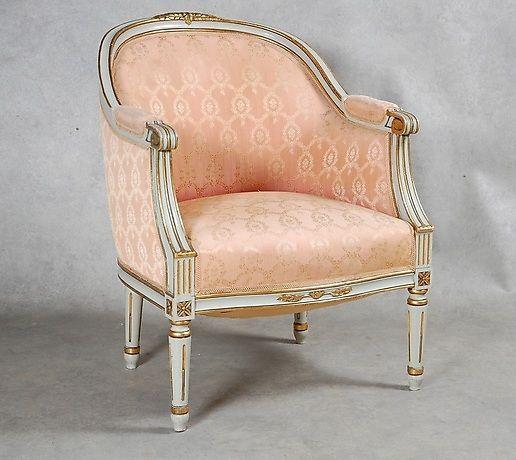 BERGÉRE Gustaviansk stil, 1900-tal. Möbler - Fåtöljer & Stolar – Auctionet