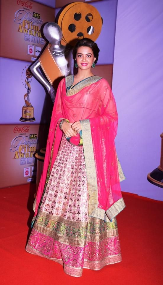 Actor @SurveenChawla at ‏PTC Punjabi Film Awards 2015 gorgeous in http://www.ManishArora.com/ Lehenga