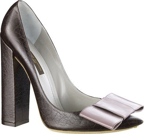 Louis Vuitton www.SocietyOfWomenWhoLoveShoes https://www.facebook.com/SWWLS.Dallas Twitter @ThePowerofShoes Instagram @SocietyOfWomenWhoLoveShoes