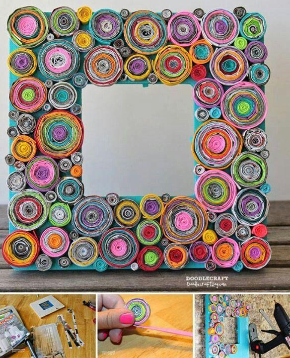 Portaretrato de rollitos de papel manualidades for Decoracion de espejo con material reciclable