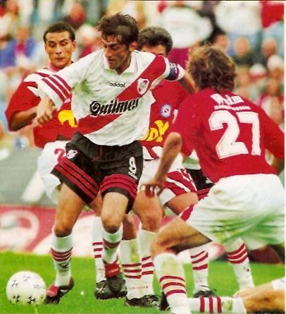 Enzo Francescoli, River Plate (1983-1986; 1994-1997)