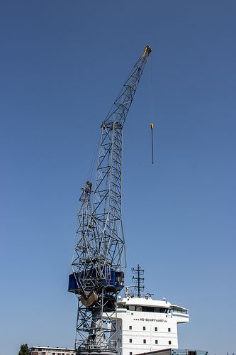 Steel crane at Wiltonhaven Rotterdam #Wiltonhaven #Rotterdam #Harbor #Dock #010 #Holland #Sky #Blue #Sunny #Architecture #Urban #City #World #Port #Netherlands #Roffa #Canon #700D #Photography