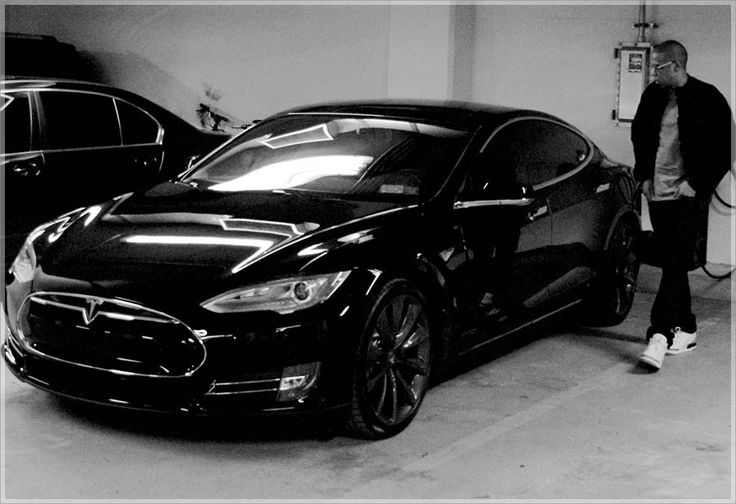 Jay Z Now Owns A Murdered-Out Tesla Model S