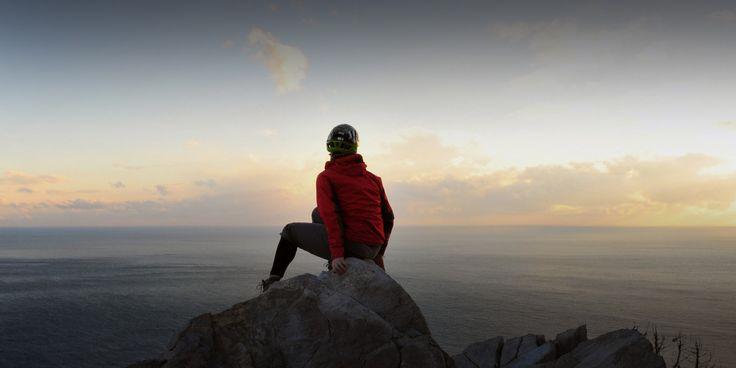 Отдых после трассы. Я так устал!  В этой статье я хочу поделиться некоторыми советами, которые позволяют ускорить процесс отдыха между подходами.  Читать статью: http://www.rockclimber.ru/отдых-после-трассы/  #скалолазание #забитыеруки #отдых #массаж #рожденбытьскалолазом #RockClimber