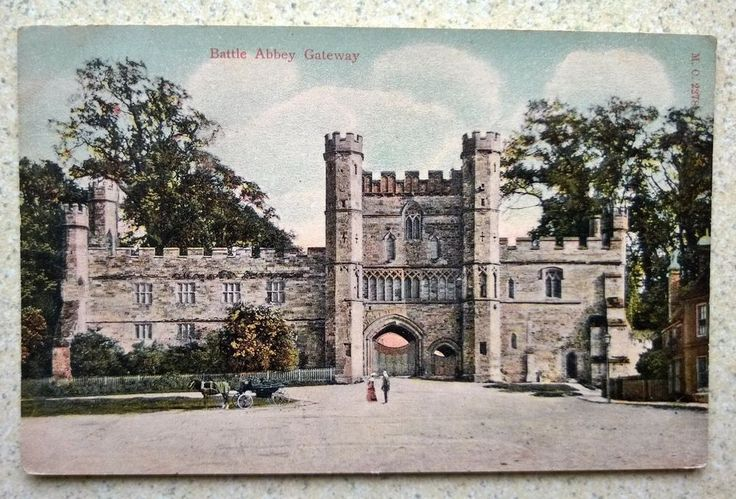 Postcard Battle Abbey Gateway Sussex with Horse and Carriage  and Two People