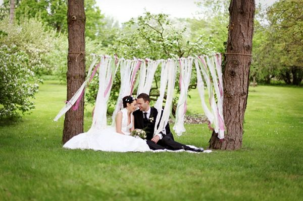 ribbons wedding, image by Stennie Photography