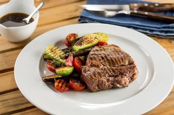 Cozinha da TV: Bife portenho | Academia da Carne Friboi > Prove esse sabor típico da culinária argentina