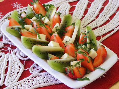 Makacska konyhája: Epersaláta
