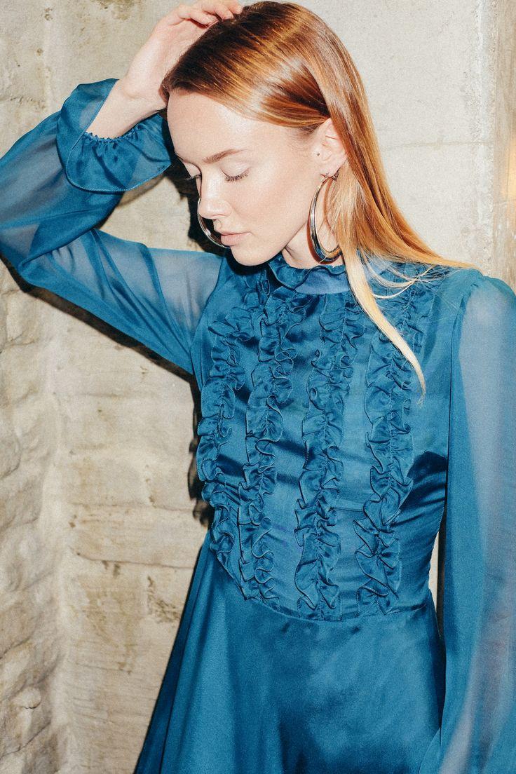 Beresta autumn - winter 2017 , look book, silk dress, blue, бирюзовое платье, шелк