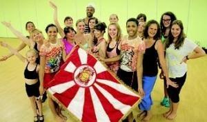 Article du Phare Dunkerquois : Des Dunkerquois au carnaval brésilien (13/08/2012) #carnaval #vitoria #dunkerque #communauteurbainededunkerque #mocidadeunidadagloria #mocidadedk #samba