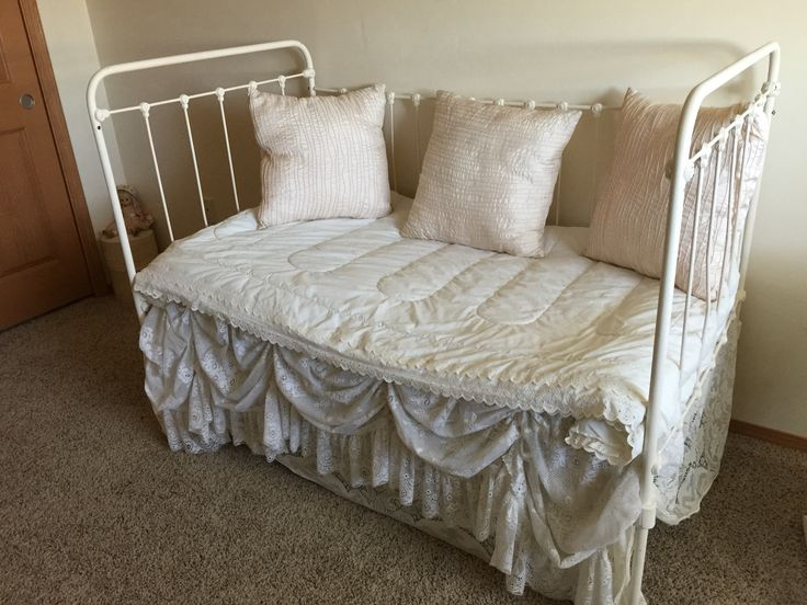 Iron Baby Bed Or Daybed For Sale 903 203 0788 Shabby