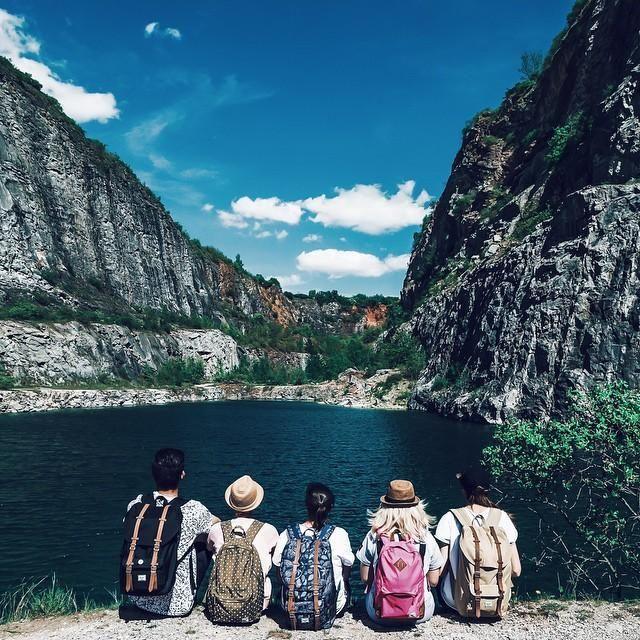 Because exploring with friends is always better!❤ #HerschelSupply #WellTravelled