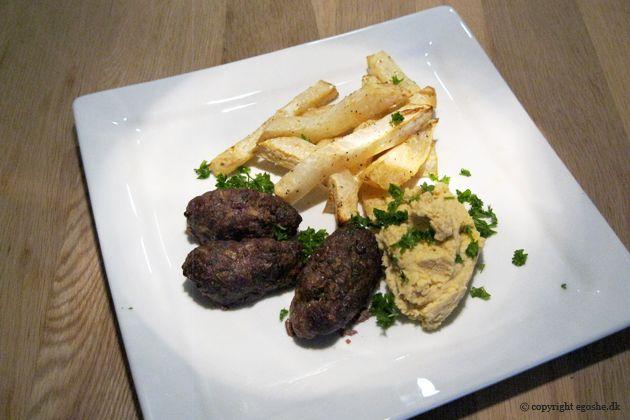 EGOSHE.dk - En madblog med South Beach opskrifter og andet godt...: Kebab med humus og selleri fritter