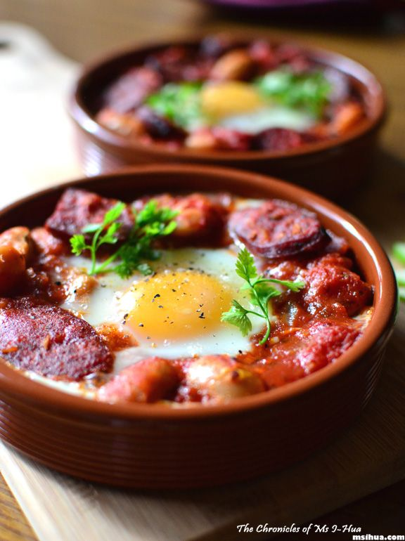 Spanish Baked Eggs & Chorizo with Steamed Sweet Corn | The Chronicles of Ms I-Hua & The Boy