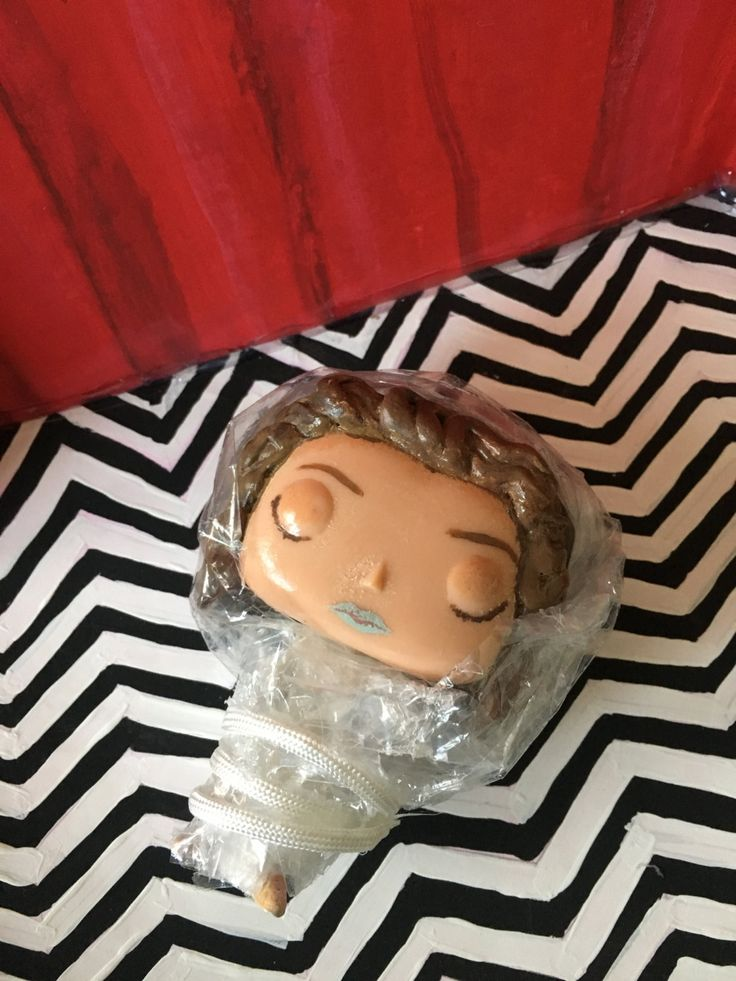official twin peaks merchandise | Custom Twin Peaks Funko Pops To Hold Us Over Until The Official Vinyl ...