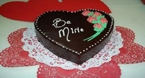 Six Inch Valentine Cake: Delivery Available