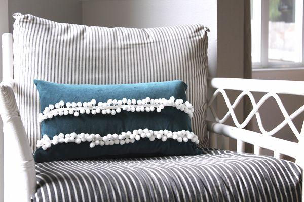 Anthropologie Tassle Pillow DIY