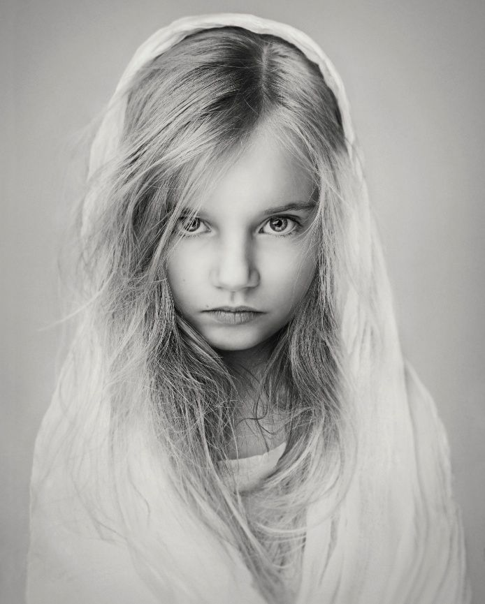 Lisa Visser Fine Art Photography - Children's fine art photography in West Sussex