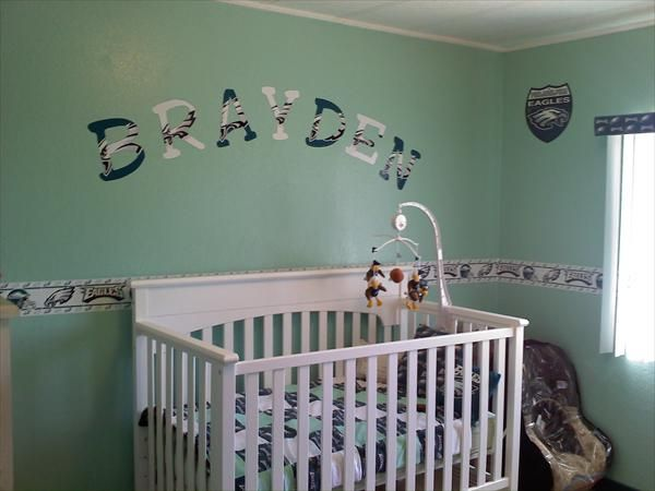 philadelphia eagles baby    Not sure abt wall color but SUPER cute idea. 27 best Philadelphia Eagles Rooms     Wo   Man Caves images on