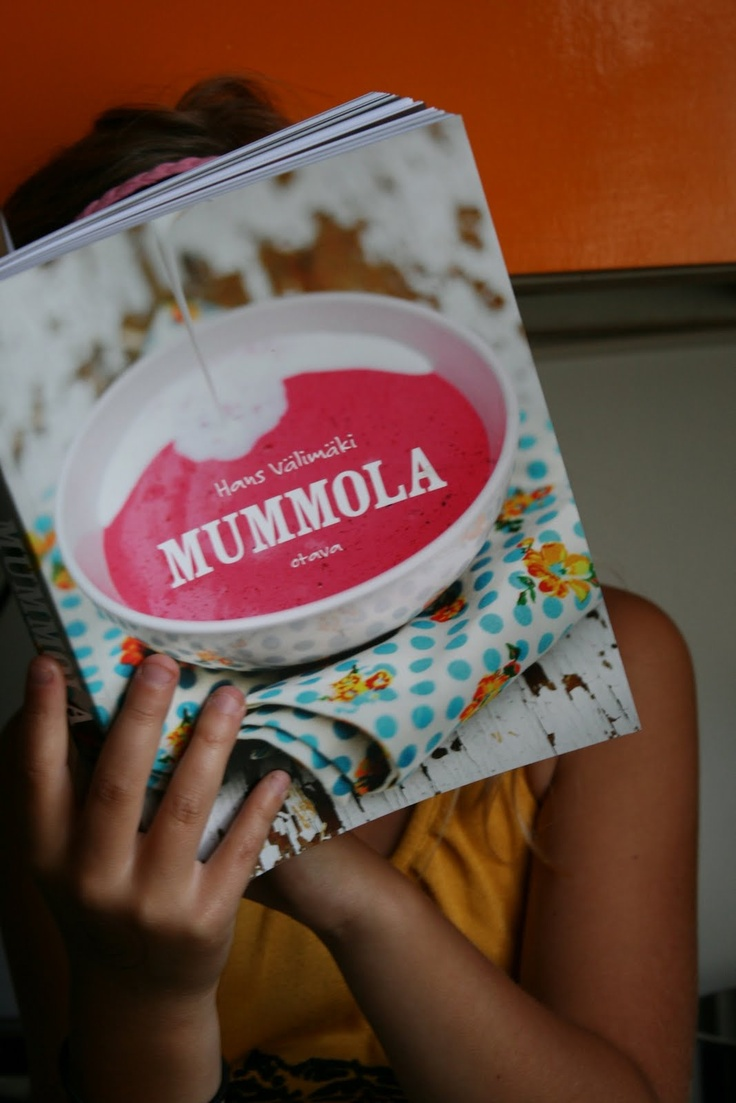 Mummola (Grandmother's house). This is a cookbook with special Finnish food eaten in Mummola.