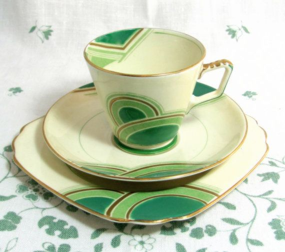 Art Deco Geometric Trio, Handpainted Grosvenor China Kelly Green, Mint and Cream Cup Saucer Teaplate 1933. via Etsy.