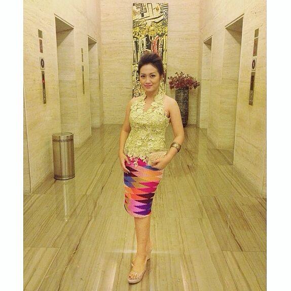 I wore tenun rangrang and prada.