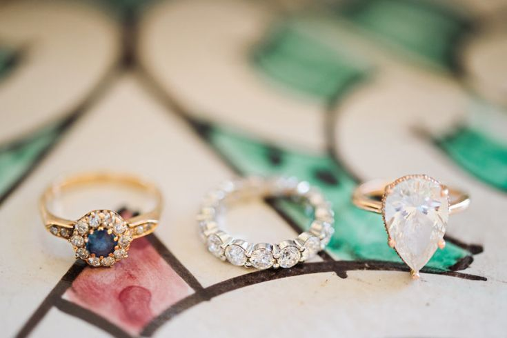pear shaped wedding ring with eternity band | Photography: Emm and Clau