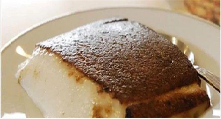 Μια πανεύκολη συνταγή από τη Μικρά Ασία, για ένα υπέροχο Ανατολίτικο γλύκισμα. Καζάν Ντιπί με λίγα υλικά, για εσάς και τους καλεσμένους σας, για την απόλυτη γλυκιά απόλαυση. Υλικά 1 1/2 λίτρο γάλα 2 1/2 φλ. τσαγιού ζάχαρη άχνη + 1/4 φλ. επιπλέον 2 φλ. τσαγιού ρυζάλευρο 2 καψουλίτσες βανίλια 4 κ.σ. βούτυρο +λιωμένο 2 …
