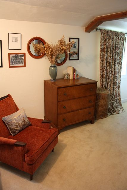 17 Best Ideas About 1940s Home Decor On Pinterest 1940s House Yellow Utility Room Furniture