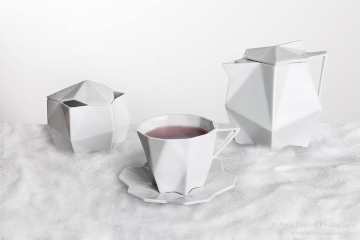 porcelain by Vjemy