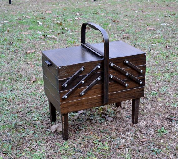 Vintage Wooden Sewing Box Chest Fold Out Singer Dark Tone PanchosPorch & 25+ unique Wooden sewing box ideas on Pinterest | Sewing box ... Aboutintivar.Com