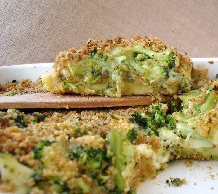 """Da sempre, la mia filosofia è quella di non buttare nulla in cucina. Il pane poi, per me è """"sacro"""". Avevo una pagnotta fatta in casa, dei broccoli siciliani e così..."""
