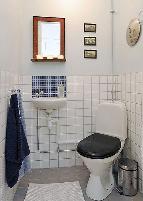 Угловой туалет с мини раковиной