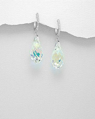 Øreringe med ægte Swarovski® krystaller i  flotte dråbeform og smukke farver,hos Norlume.dk