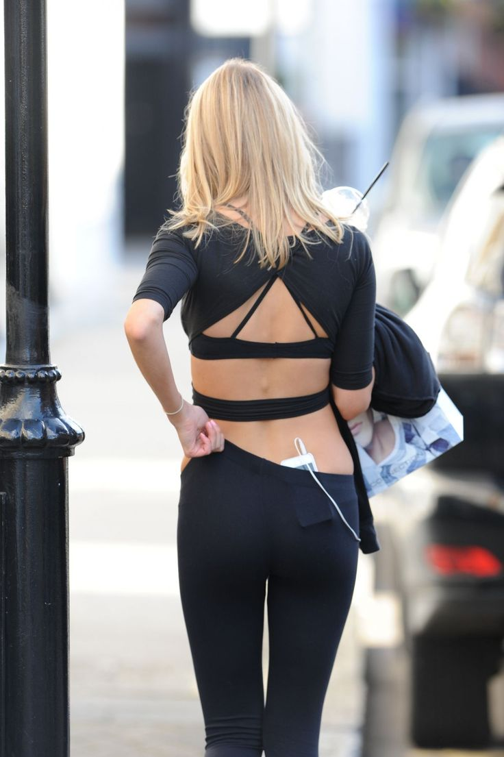 http://www.hawtcelebs.com/wp-content/uploads/2014/03/kimberley-garner-in-tights-leaves-a-gym-in-london_8.jpg