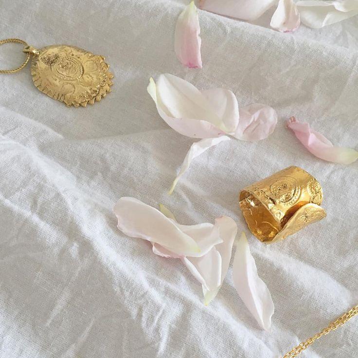 www.goldpoets.com
