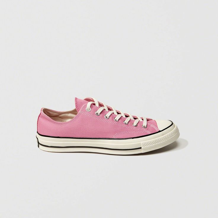 A&F Men's Converse Chuck Taylor All Star '70 Low Top Sneakers in Pink - Size 11.5