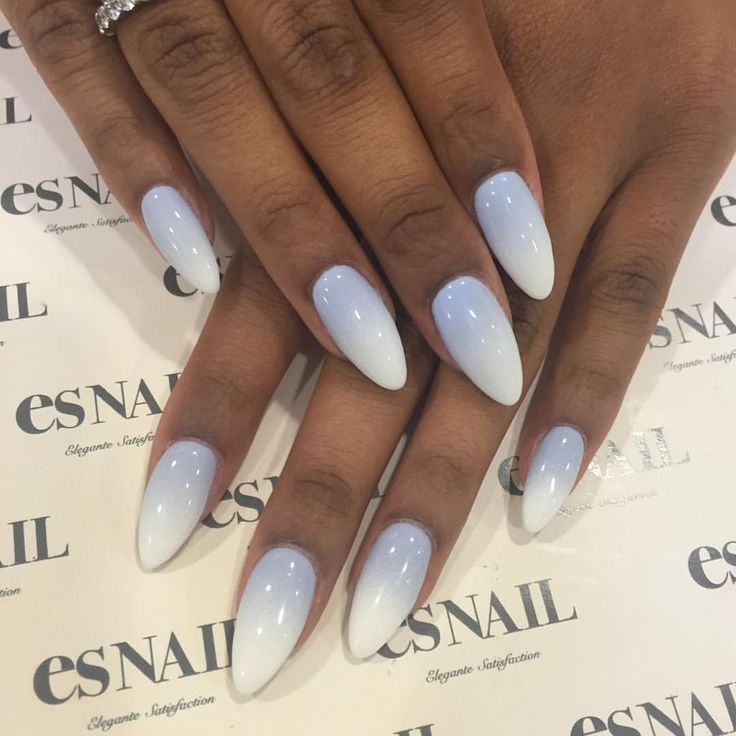 Blue grey & white ombré nails for @safia_mafia by @yuri.artist #nailart…