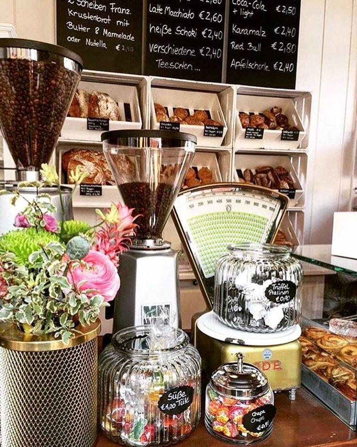 im_glueck #im_glueck #cotd #Frankfurtcoffee #nordend #ffm #069 #kaffee #glauburgstrasse #gluckstrasse #frankfurt #coffeeaddicted #coffeeshots #coffeeporn #barista #coffeelovers #coffeelife #kaffee #igerscoffee #Café #coffeeshop #kaffeeliebe #coffee #coffeeplease #coffeebreak #coffeepoint #kaffeepause #coffeeshopvibes #coffeetime #kaffeepause #coffeeculture