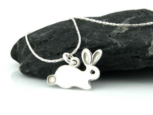 Srebrny naszyjnik z króliczkiem