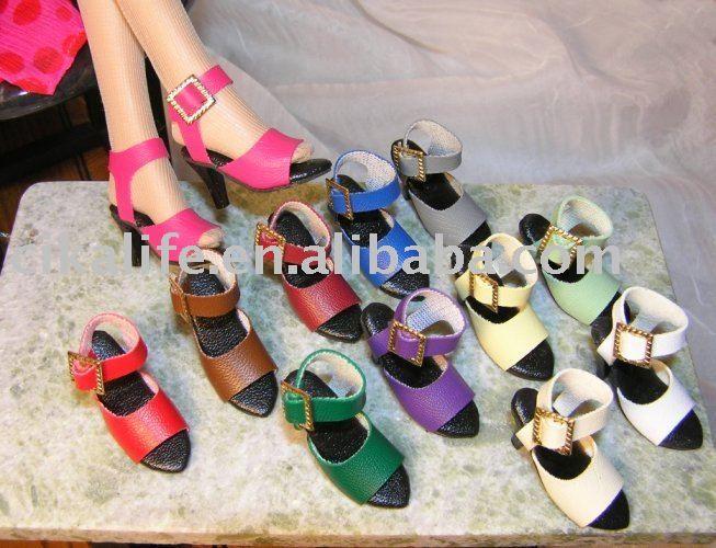 Como hacer zapatos para barbie - Imagui